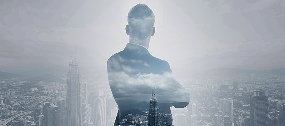 back of a man with arms crossed - transformational cmo